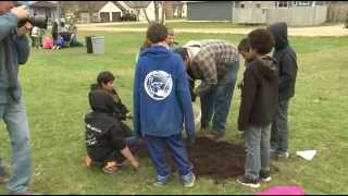 Golden Apple Students Plant Trees For Arbor Day - Lakeland News At Ten - May 15, 2014