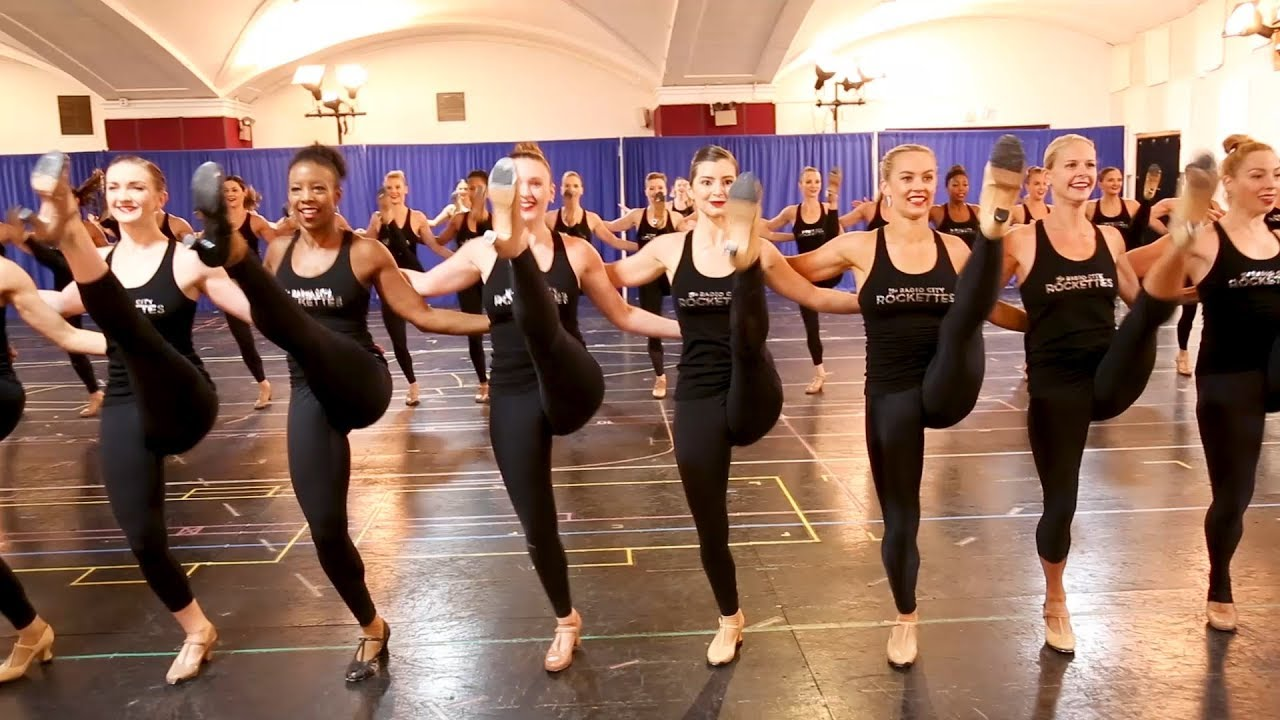 Joining the Radio City Rockettes in rehearsal for THE CHRISTMAS ...
