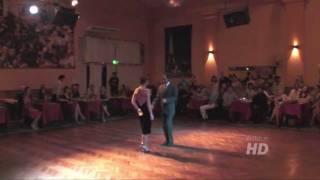 Alberto Sendra y Fernanda Japas ..Salon Canning - tango argentino improvisacion 30 Enero 2012
