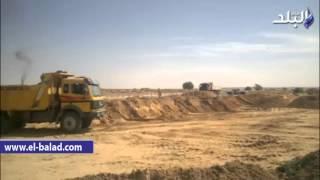 بالفيديو والصور.. إزالة تعديات على أراضي محطة معالجة مصنع ورق قوص بقنا