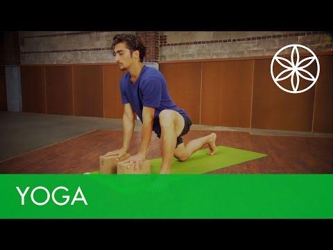 Lizard Pose | Yoga for Runners | Gaiam