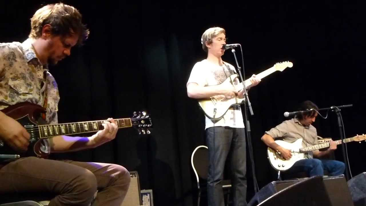 bill-callahan-let-me-see-the-colts-smog-song-live-freiheiz-munich-2014-02-16-musicinmotion