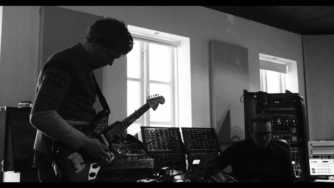 Of Monsters and Men // Making of Beneath The Skin - Guitar