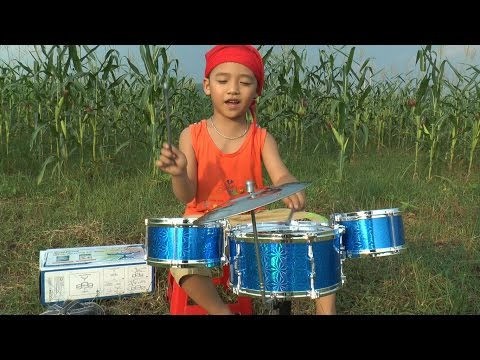 Bé vừa đánh trống vừa hát, Baby drummers, Kênh Em Bé  ✔