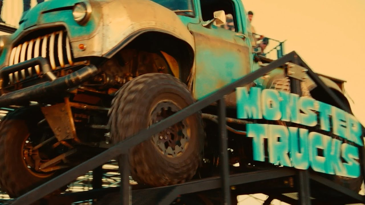 Monster Trucks 2017 Rally Paramount Pictures Youtube