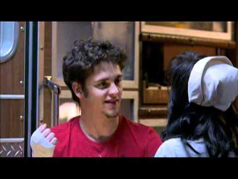 RBD La Familia: Episódio 1 [COMPLETO] - Dublado