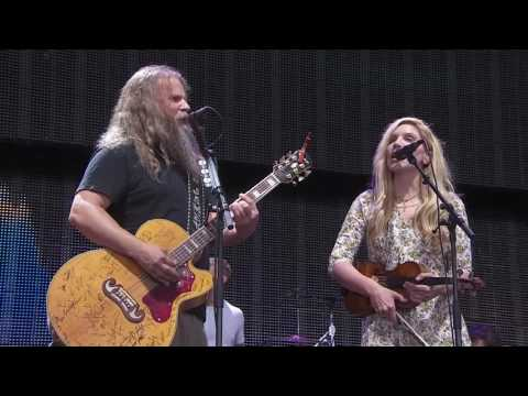 Jamey Johnson with special guest Alison Krauss – I Ain't The One (Live at Farm Aid 2016)