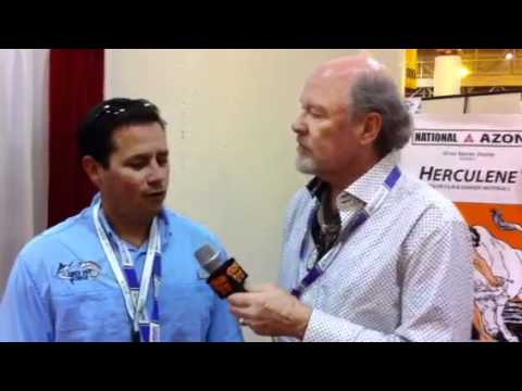 Scott Fresener talks with printer Kleo Blue at SGIA 2011