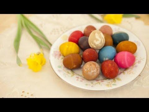 Colorer des oeufs de Pâques - YouTube