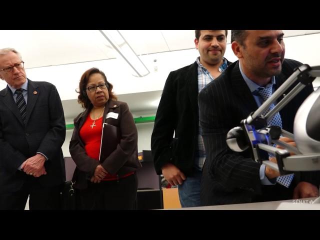 Des sénateurs témoignent des merveilles de la robotique et de l'impression 3D