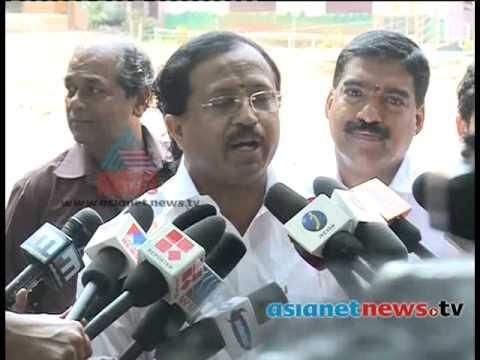 Kerala Election 2014:  V.Muraleedharan  on polling boothകേരളം പോളിങ്ങ് ബൂത്തിലേയ്ക്ക്