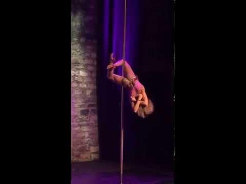 Irina,  pour pole theatre, Pole danse