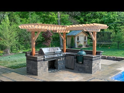 outdoor-kitchen-with-firepit