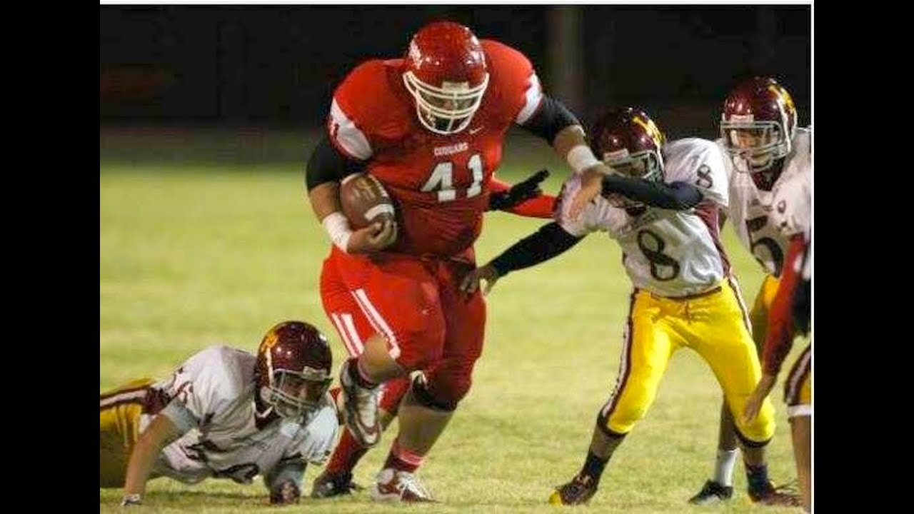 THE BIGGEST HIGH SCHOOL RUNNING BACK EVER!!! - YouTube