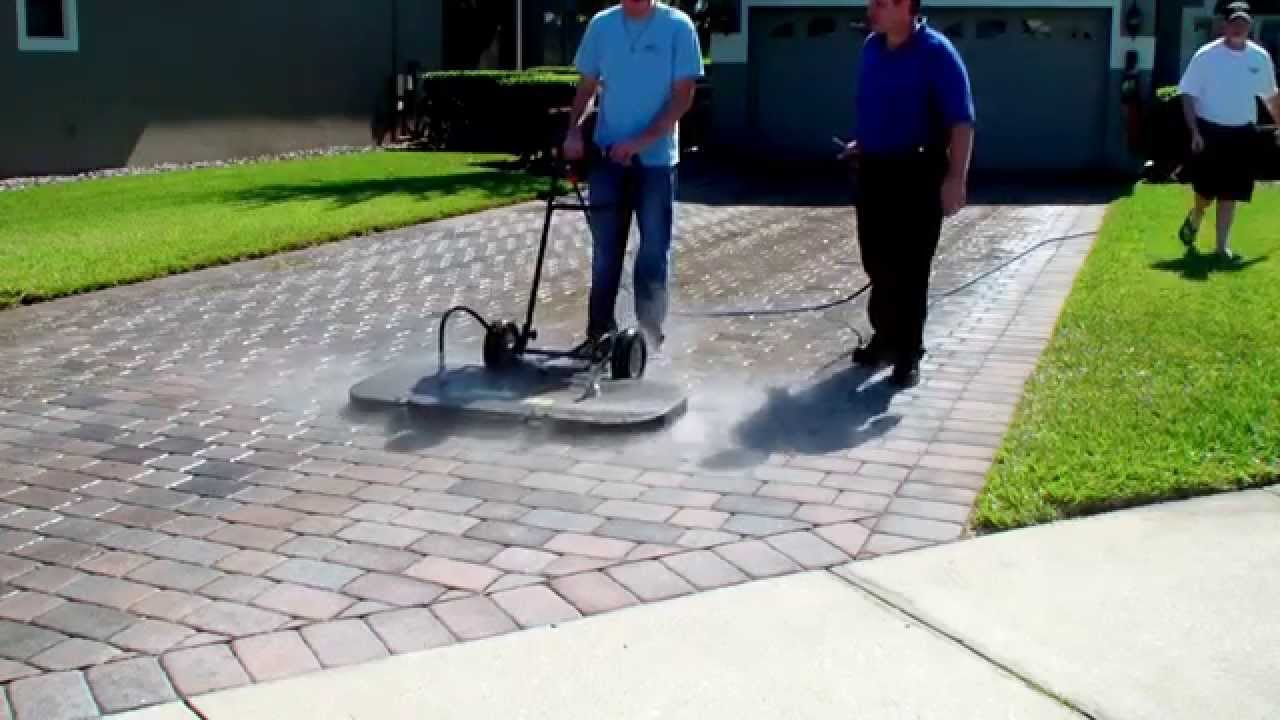 48 surface cleaner cleaning a paver driveway at 200 for Pressure washer driveway cleaner