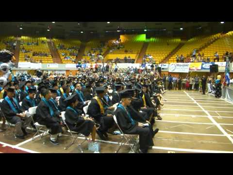 CLASE GRADUANDA DE LA ESC. DR. PEDRO PEREA FAJARDO VOCACIONAL DE MAYAGUEZ, PR  26 DE MAYO DE 2011
