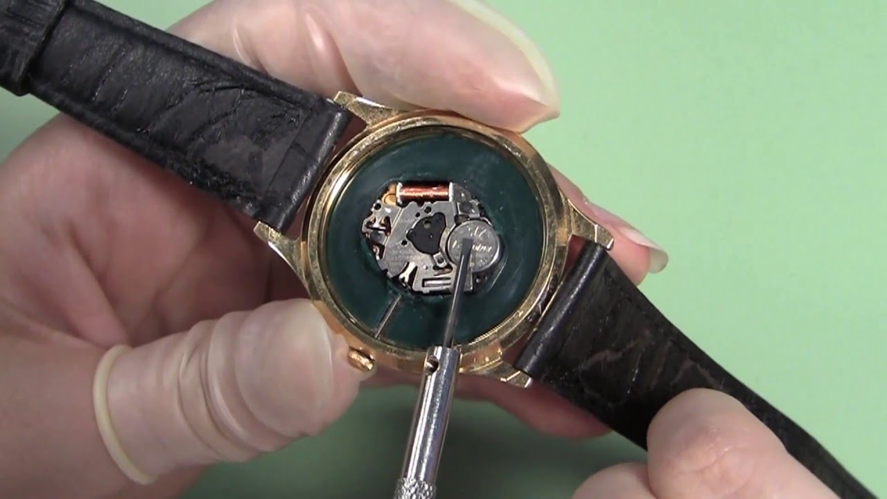 How to Change a Watch Battery without a Cell Strap - YouTube