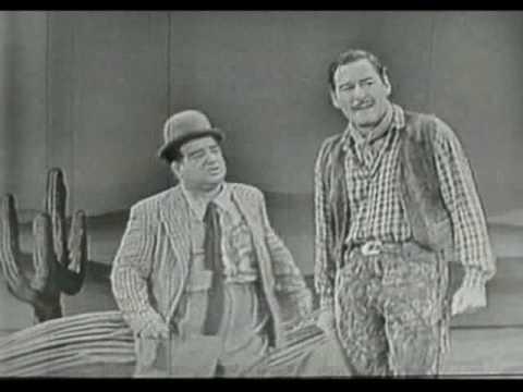 """Abbott & Costello, Errol Flynn - """"Niagara Falls"""""""