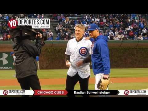Bastian Schweinsteiger throw first pitch Chicago Cubs Wrigley Field