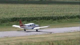 Piper Saratoga PA-32R-300 Taxiing and Takeoff CSU3