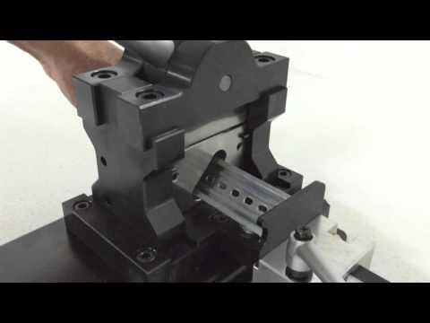 Namsung Industries co. NSCDC-502 Din rail cutting machine 남성기업사 찬넬컷팅기