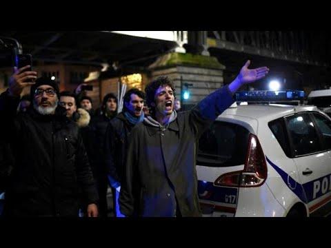 شاهد: متظاهرون فرنسيون يجبرون ماكرون وزوجته على مغادرة عرض مسرحي…  - نشر قبل 6 ساعة