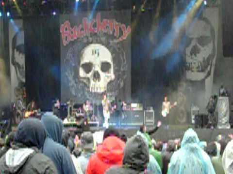 "Buckcherry ""Sorry"" live @ Download 2011"