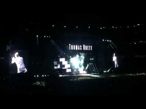 "Thomas Rhett ""Vacation"" @ Country Fest - Gillette Stadium in Foxborough, MA 8/25/17"