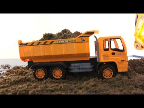 Dump truck toy Đồ chơi trẻ em xe ô tô tải chở cát 자동차 장난감 車のおもちゃ игрушка автомобиля by Kids TV