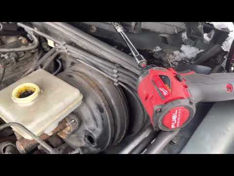 How to: Remove/install Land Rover Discovery 2 Master cylinder and brake booster