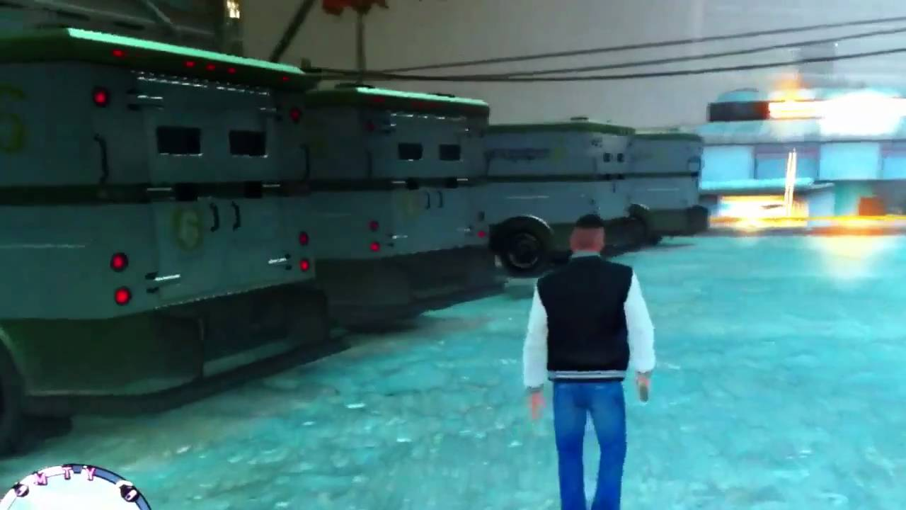 GTA IV/Gay Tony Unlimited Money Trucks Glitch - YouTube