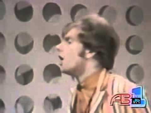 Van Morrison  -  Brown Eyed Girl (1967)