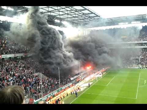 1 FC Köln gegen Bayern München Pyro, Rauchbomben
