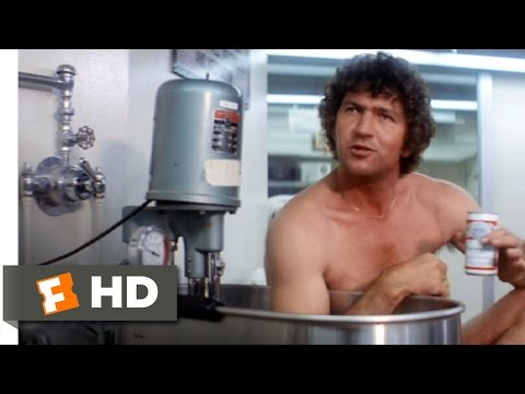 North Dallas Forty (4/10) Movie CLIP - Ice Bath & Beers (1979) HD