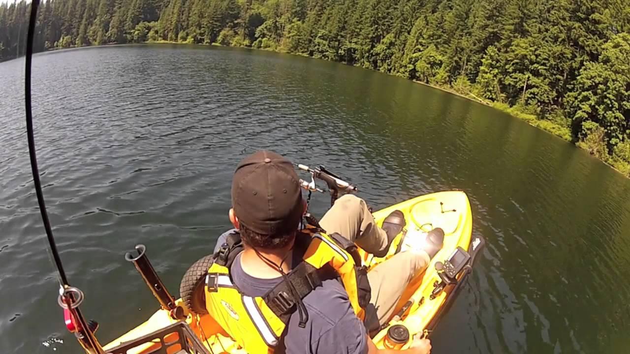 Kayak fishing battleground lake youtube for Battle ground lake fishing