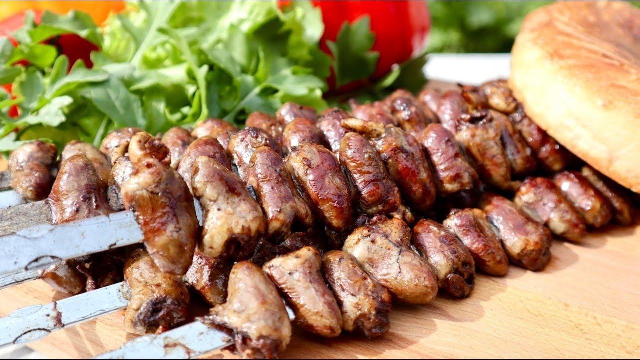 ШАШЛЫЧОК из КУРИНЫХ СЕРДЕЧЕК на мангале! Сочный и вкусный! / SKEWER of CHICKEN HEARTS on the grill!