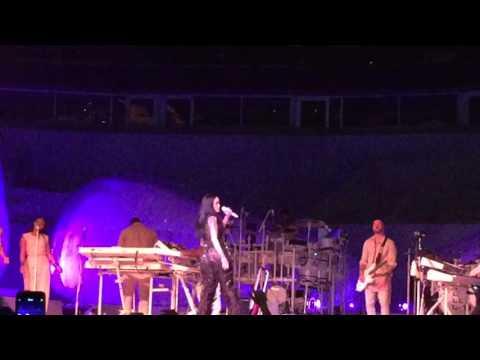 Work - Rihanna ANTI - Live at United Center Chicago, April 15, 2016