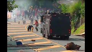 Disturbios en medio de bloqueo en vía Panamericana entre Popayán y Cali