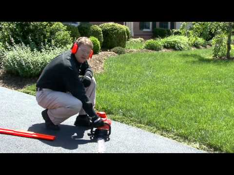 Hedge Trimmer Basics: How to Start a Gas Hedge Trimmer