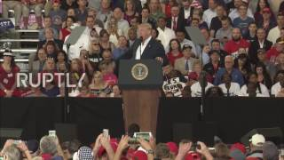 USA  'One false story after another' – Trump attacks journalists at Florida rally