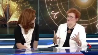 Georgia Nicols'  December 2016 horoscopes