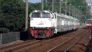 kereta api Taksaka (Yokya - Gambir)