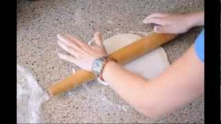 How To Roll Out Pie Dough - From Baking Bites