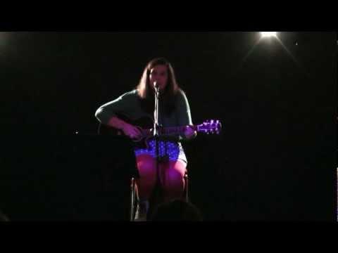 Alice Hartvig - Gone Away(Lucy Schwartz)