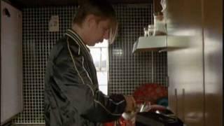 Rikos ja rangaistus - Matti Pellonpää opiskelee englantia