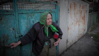 """Обстрел Петровского р-на. Пенсионерка: """"Я украинка,  но теперь я настолько ненавижу эту страну!"""""""