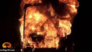 Atakpamé : Incendie du bus de MORA TRANS (Mali). Les 55 passagers ont eu le temps d'en sortir