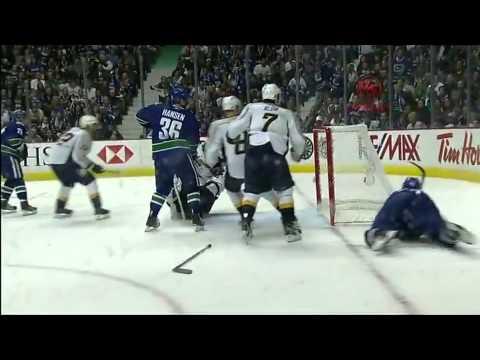 Vancouver Canucks vs Nashville Predators Game 1 Highlights 4/28/11