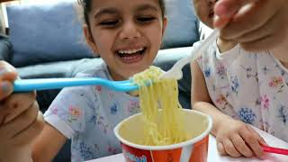 اكلنا اندومي حاار 🌶️ | تحدي الاندومي الحار | you can eat noodles | fire noodles | خبت الاندومي