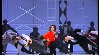 Paula Abdul - The Way That You Love Me (1990 Music Awards) (HQ)